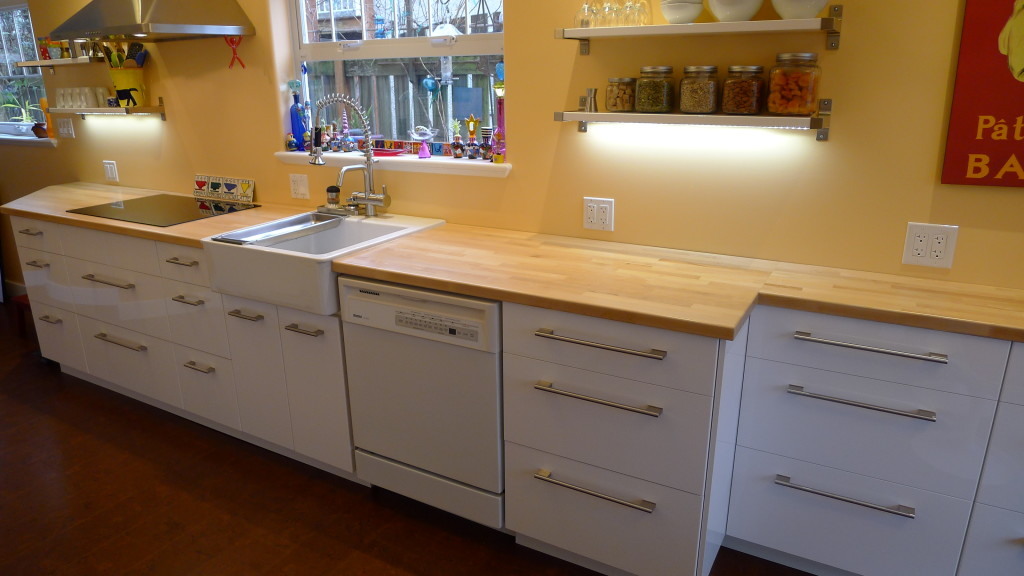 Fernwood kitchen NUMERAR countertop
