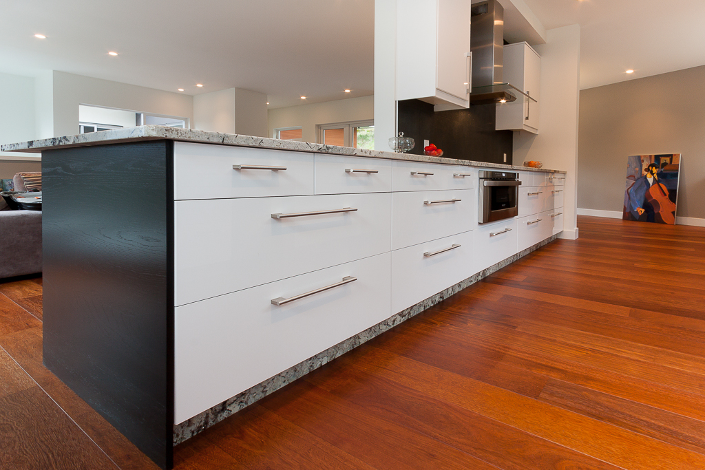 Momcillo Kitchen by IKAN Installations cabinet view