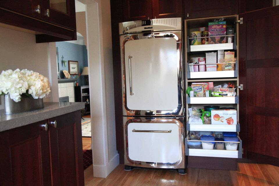 Jen's Modern With a Hint of Vintage Kitchen - Ikan Installations