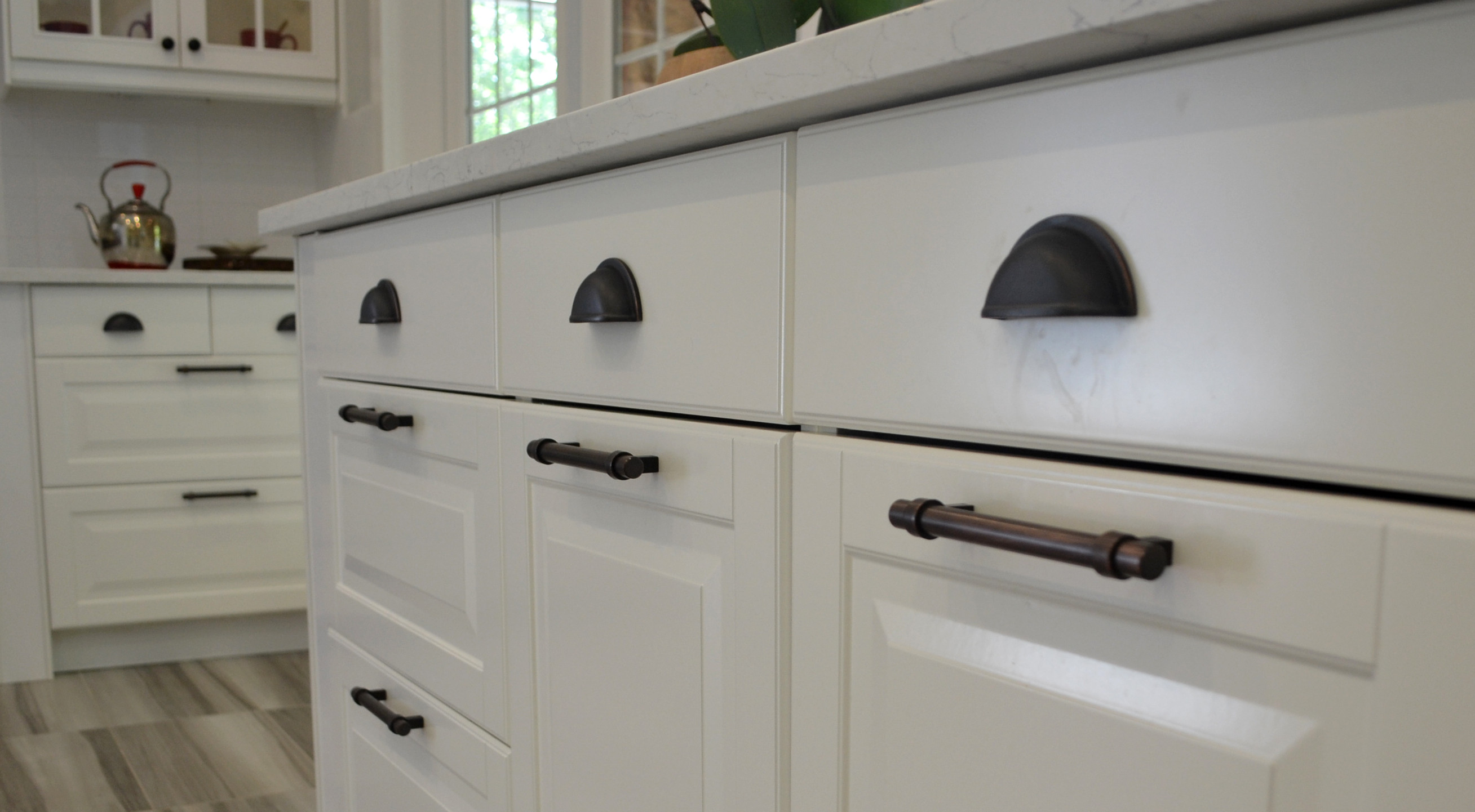 Kitchen Cupboard Off White Handles