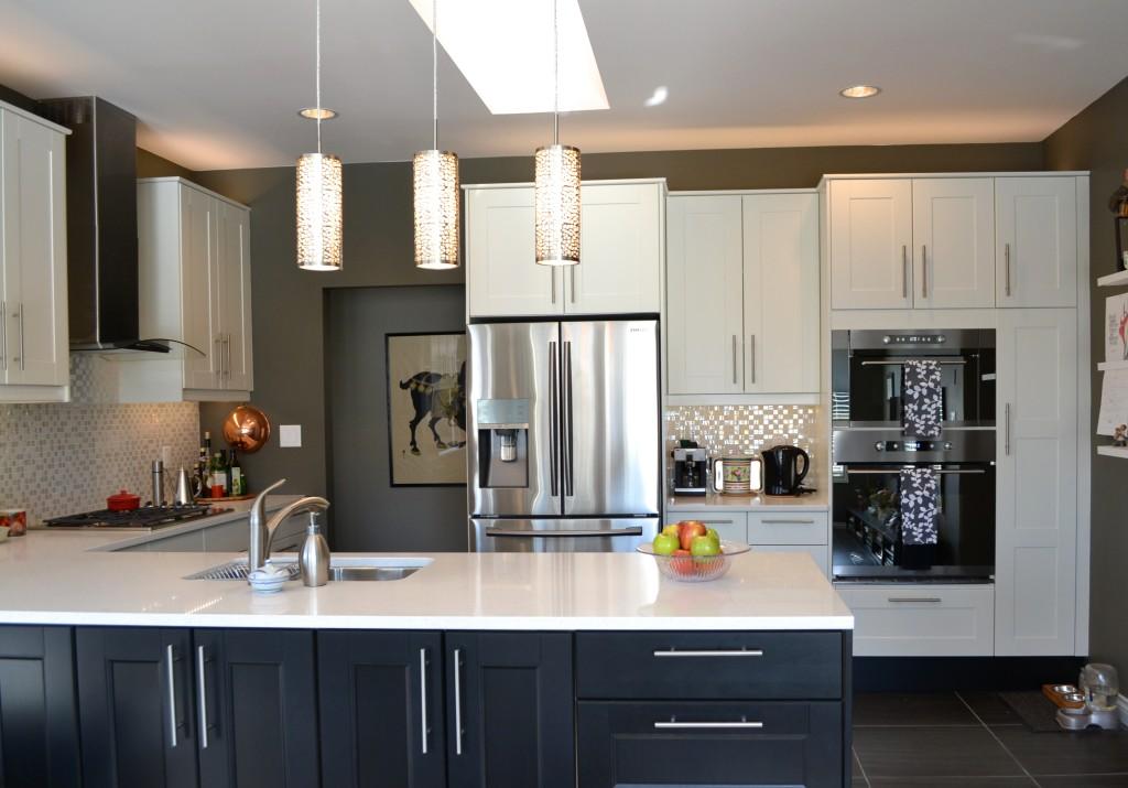 Broadmead victoria ikea kitchen white for Kitchen cabinets victoria