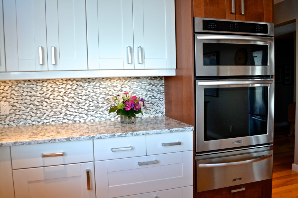 A White Ikea Kitchen Goes For A Touch Of Shine: IKEA Door Style Of The Week: Grimslov